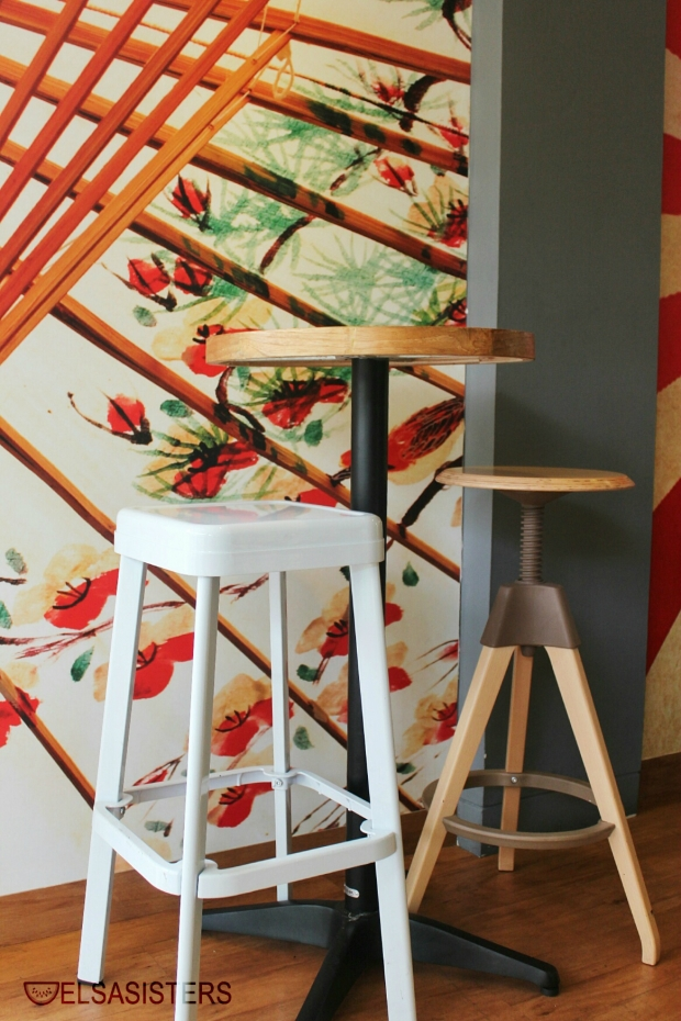 Indoor chair