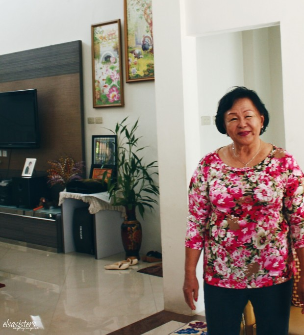 Ahok's mother